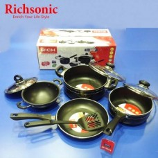7 Peice Cookware Set With Spoon